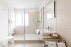 Duschbad mit Tageslicht